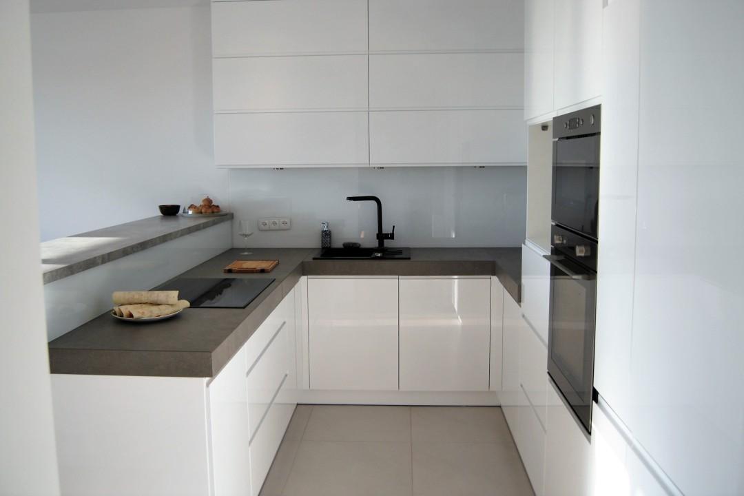kuchnia_lakier_biała2