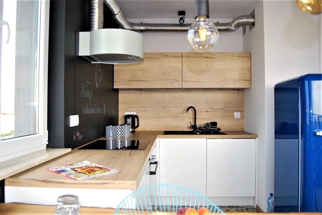 mała kuchnia_industrialna